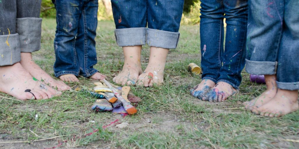 family of five paint on feet